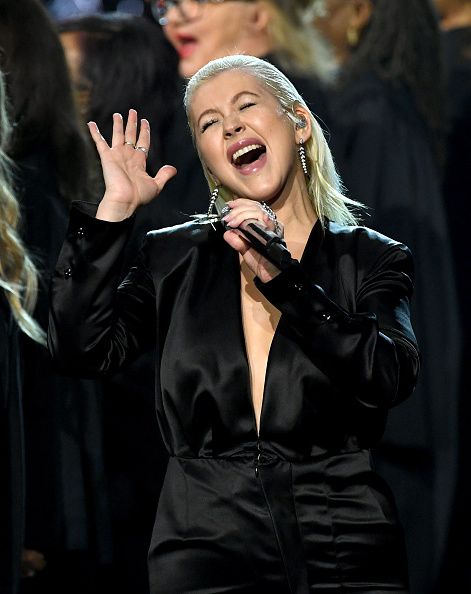 クリスティーナ・アギレラ「2017 American Music Awards - Show」:写真・画像(8)[壁紙.com]