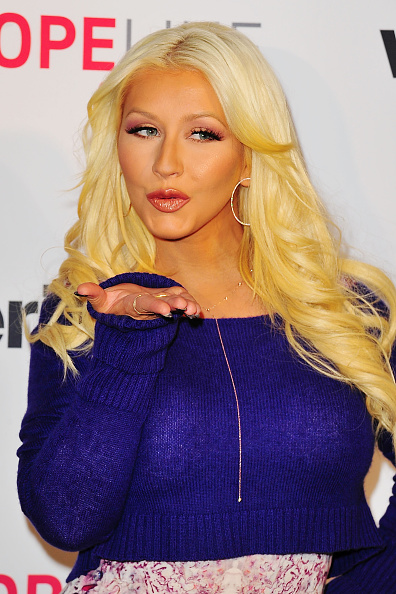 Christina Aguilera「Christina Aguilera Raises Awareness About Domestic Violence With Verizon's HopeLine Program」:写真・画像(12)[壁紙.com]