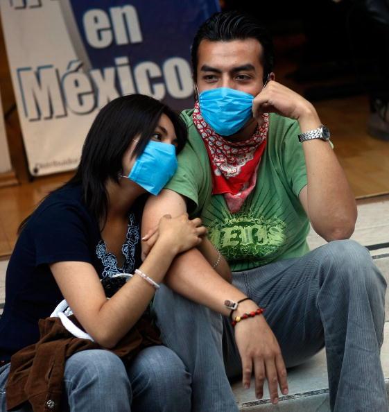 Human Relationship「Swine Flu Fears Spread Throughout Mexico」:写真・画像(9)[壁紙.com]
