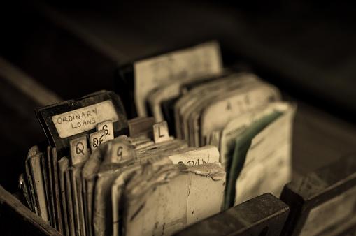 アーカイブ画像「キャビネット放棄された図書館カード目録からインデックス カード」:スマホ壁紙(3)