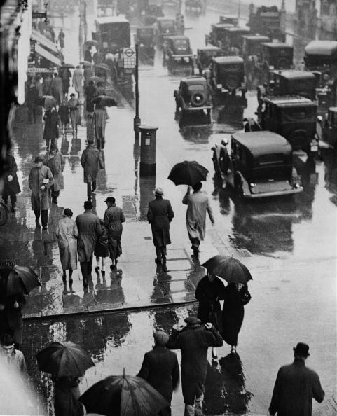 Umbrella「London In The Rain」:写真・画像(18)[壁紙.com]