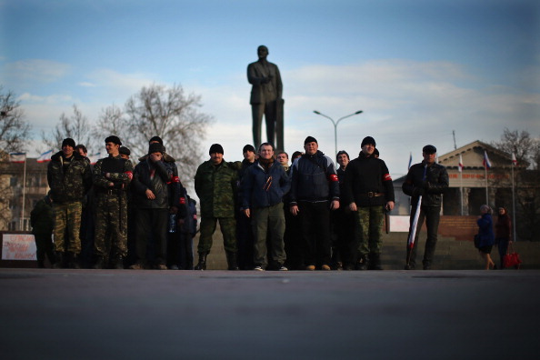 Russian Military「Tensions Grow In Crimea As Diplomatic Talks Continue」:写真・画像(12)[壁紙.com]