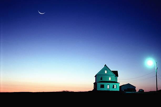 Farmhouse, sunset (Digital Composite):スマホ壁紙(壁紙.com)