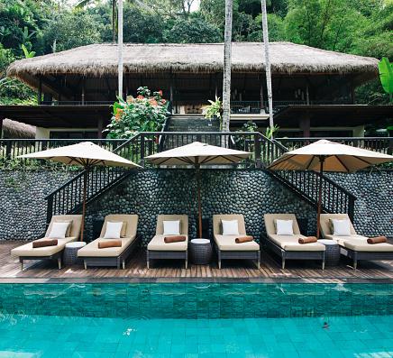 Resort「Indonesia, Bali, tropical swimming pool」:スマホ壁紙(14)