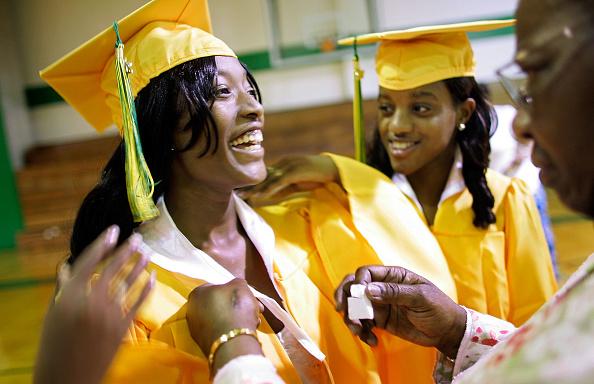 Classroom「High School Celebrates First Post-Katrina Graduation」:写真・画像(18)[壁紙.com]