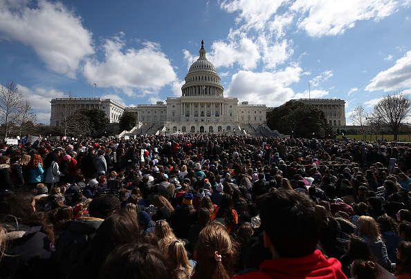 Motion「Democratic Lawmakers And Students Hold Rally At Capitol Urging GOP To Allow Vote On Gun Violence Prevention Legislation」:写真・画像(15)[壁紙.com]