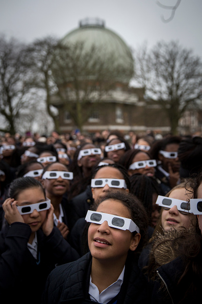 Greenwich Park - London「Rare Partial Solar Eclipse Is Viewed Around The UK」:写真・画像(17)[壁紙.com]