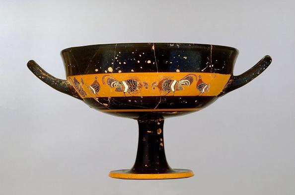 Black-Figure Ceramics「Attic Black-Figure Stemmed Band-Cup Depicting A Cock-Fight」:写真・画像(2)[壁紙.com]