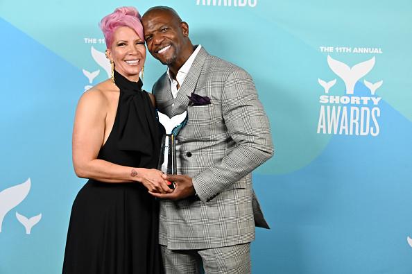 Checked Blazer「11th Annual Shorty Awards - Winner's Cave」:写真・画像(16)[壁紙.com]