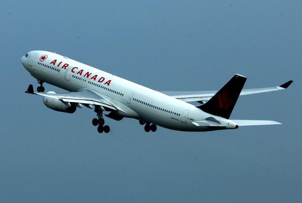 飛行機「Airline Companies at Heathrow」:写真・画像(1)[壁紙.com]