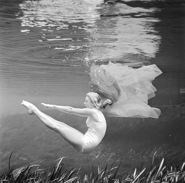 Underwater「Stanley's Ballet」:写真・画像(13)[壁紙.com]