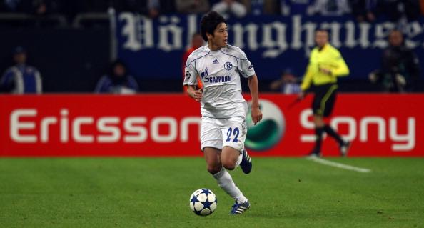 内田 篤人「UEFA Champions League Sony Ericsson 2010/11」:写真・画像(2)[壁紙.com]