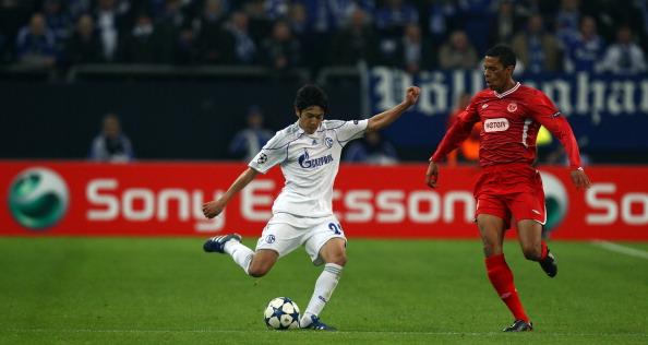 Atsuto Uchida「UEFA Champions League Sony Ericsson 2010/11」:写真・画像(5)[壁紙.com]