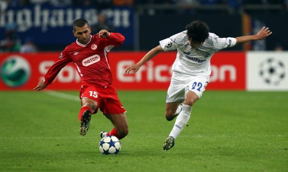 Atsuto Uchida「UEFA Champions League Sony Ericsson 2010/11」:写真・画像(6)[壁紙.com]