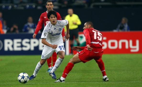 内田 篤人「UEFA Champions League Sony Ericsson 2010/11」:写真・画像(1)[壁紙.com]