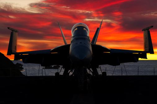 Bomber Plane「Fighter Plane at Sunset」:スマホ壁紙(14)