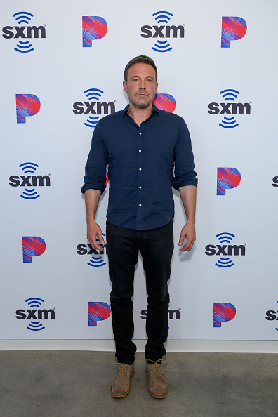 Hollywood - California「Ben Affleck Visits The SiriusXM Hollywood Studios」:写真・画像(16)[壁紙.com]