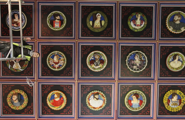 Ceiling「The Recreation Of The Stirling Heads Installed At Stirling Castle」:写真・画像(16)[壁紙.com]