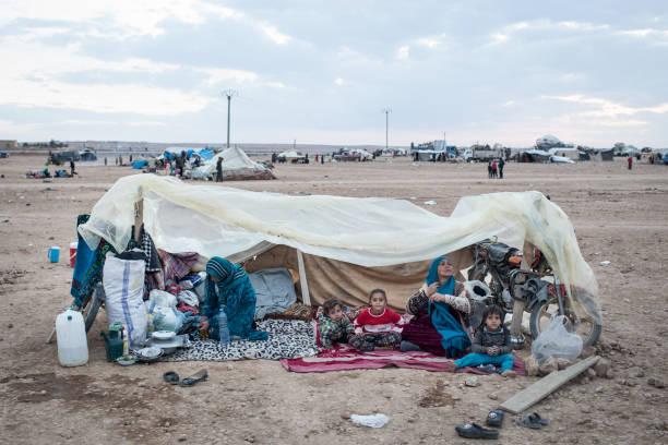 Civilians Continue To Arrive At IDP Camps After Liberation Of Raqqa:ニュース(壁紙.com)