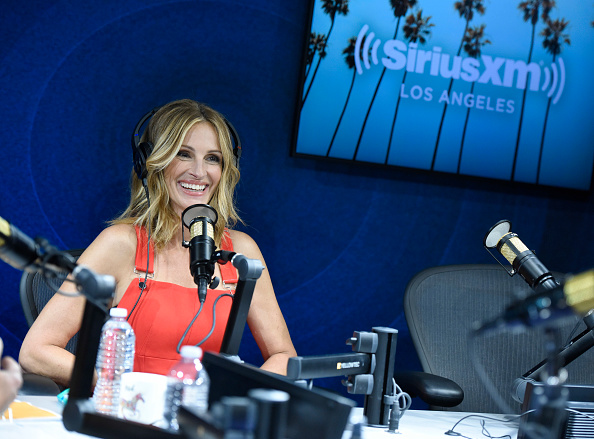 "SIRIUS XM Radio「SiriusXM Launches ""The Jess Cagle Show"" With Julia Roberts Live From The SiriusXM Hollywood Studios In Los Angeles」:写真・画像(3)[壁紙.com]"