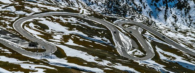 Snow mountain「Winding Road through the alps, Austria」:スマホ壁紙(15)