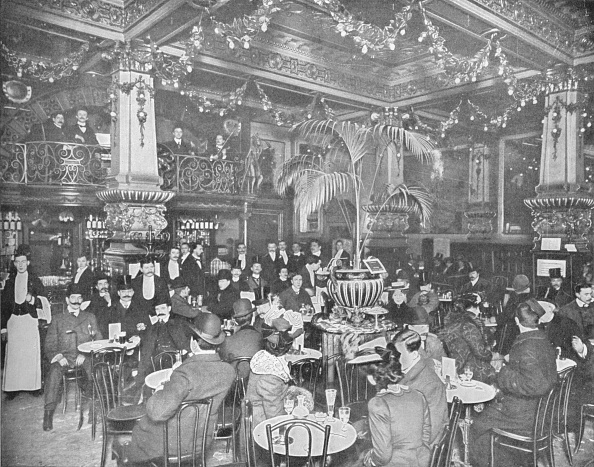 Edwardian Style「In the brasserie, Hotel de l'Europe, Leicester Square, London c1903 (1903)」:写真・画像(0)[壁紙.com]