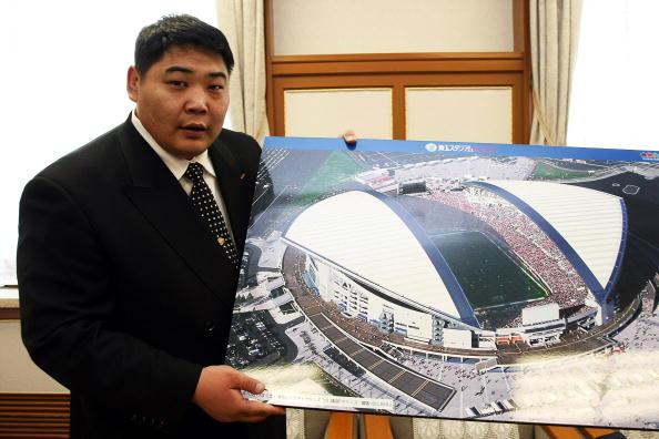 旭鷲山「Mongolian Ex Sumo Wrestler Announces Candidacy For Parliament」:写真・画像(5)[壁紙.com]
