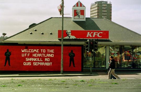 Chicken Meat「Loyalist and Republican Symbols in Belfast」:写真・画像(8)[壁紙.com]