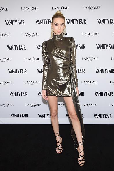 銀色「Vanity Fair And Lancome Toast To The Hollywood Issue」:写真・画像(19)[壁紙.com]
