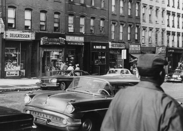 Peter Keegan「Harlem Street Scene」:写真・画像(2)[壁紙.com]