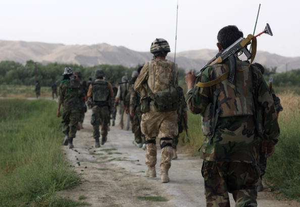 British Culture「British Troops Conduct Operation Lastay Kulang in Sangin Valley in Afghanistan」:写真・画像(2)[壁紙.com]