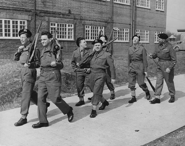 Beret「Carry On Sergeant」:写真・画像(18)[壁紙.com]
