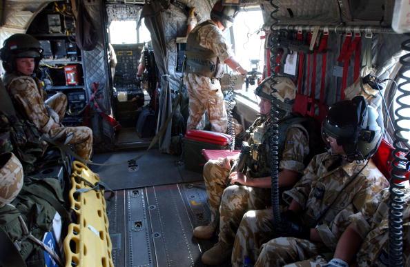 CH-47 Chinook「British Troops In Iraq」:写真・画像(19)[壁紙.com]