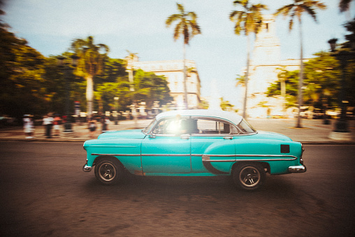南国「キューバカークルージズの通りのハバナ,キューバ」:スマホ壁紙(10)