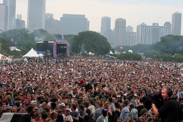 Crowd「Lollapalooza 2005 - Day 1」:写真・画像(16)[壁紙.com]