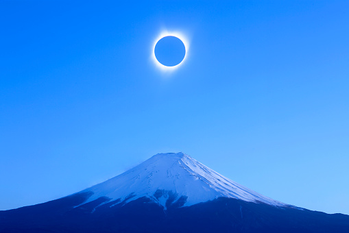 UNESCO World Heritage Site「View of solar eclipse in totality.」:スマホ壁紙(3)