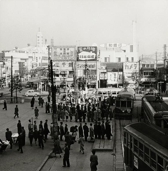 Showa Period「Tokyo Tram Station」:写真・画像(13)[壁紙.com]