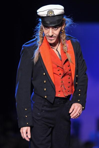 Design Professional「Christian Dior - Runway Paris Fashion Week Spring/Summer 2011」:写真・画像(17)[壁紙.com]