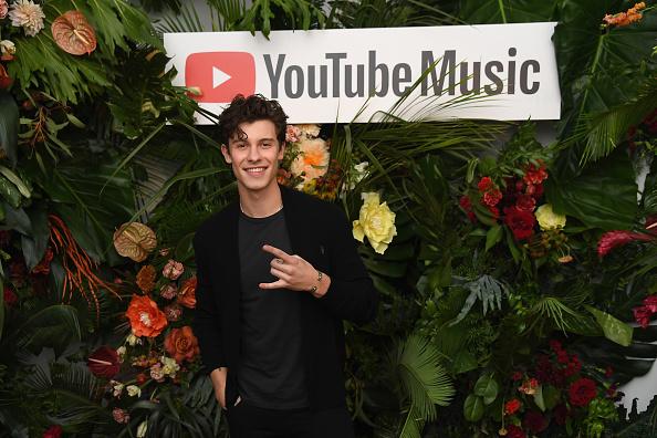 カメラ目線「Special Screening Presented By YouTube Music Of 'Shawn Mendes' YouTube Artist Spotlight Story」:写真・画像(5)[壁紙.com]