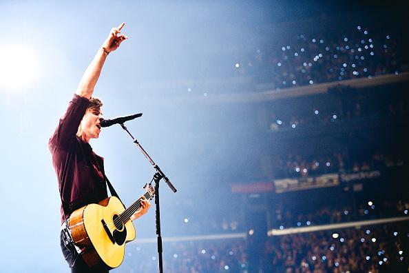 Staples Center「Shawn Mendes In Concert - Los Angeles, CA」:写真・画像(15)[壁紙.com]