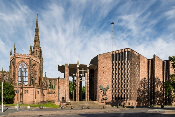 Cathedral「Coventry Cathedral」:写真・画像(3)[壁紙.com]