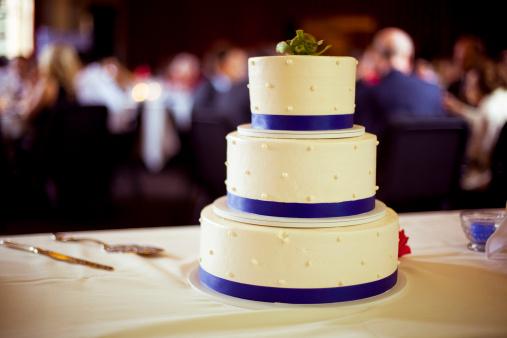 結婚「ウェディングケーキの受付」:スマホ壁紙(7)