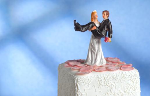 Married「Wedding cake figurine/girl power」:スマホ壁紙(2)