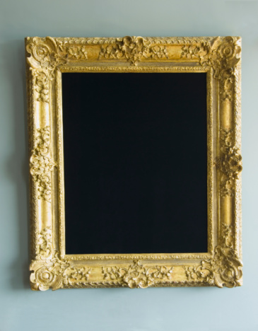 Art And Craft「Gold frame hanging on wall」:スマホ壁紙(2)
