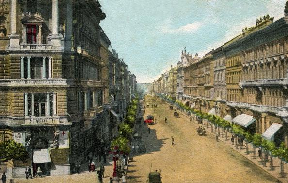 1900-1909「Budapest - Andrassy Avenue」:写真・画像(7)[壁紙.com]