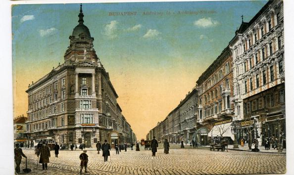 City Life「Budapest - Andrassy Avenue」:写真・画像(5)[壁紙.com]