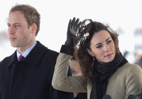 William S「Prince William and Kate Middleton visit Trearddur Bay RNLI Lifeboat Station」:写真・画像(12)[壁紙.com]
