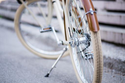 Bicycle Gear「Vintage Bike Parked On Sidewalk.」:スマホ壁紙(16)