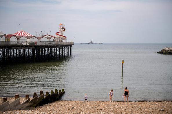 Resume「UK Basks In Sunshine As Heatwave Continues」:写真・画像(18)[壁紙.com]