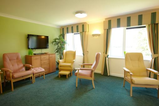 Nursing Home「Care home living room」:スマホ壁紙(4)